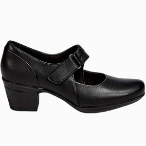 NWT CLARK EMSLIE LULIN LEATHER MARY-JANES